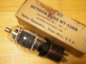 トリタン球 HY1269 (HY69の12V球)