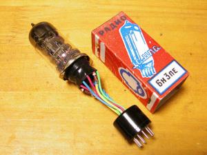 6BQ7→6N3Pソケット変換アダプターを製作しました。