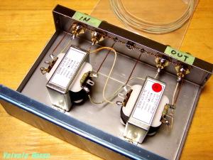 遊びゴコロから、ウエスタン絹巻き単線ケーブルと、KESTERはんだを使用。
