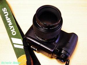 OLYMPUS E-300 & ZUIKO 90mm F2