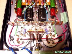 セーターに張ったアースラインに対して、カソード抵抗とFETソース抵抗(RC5Bヒーター回路)を、左右から落とします。