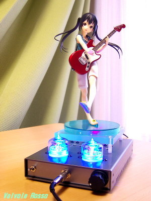 Panasonic LUMIX DMC-F7(焦点距離50mm相当)で撮影 Movic(Kotobukiya) 1/8 Scale Pre-painted PVC Figure K-ON! Azusa Nakano TESLA RC5B VISHAY IRF610 hybrid Headphone Amplifier (Tube Headphone Amplifier)