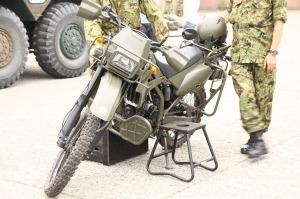 自衛隊仕様 カワサキ KLX250 (偵察オートバイ)