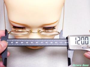 AXB Doll #50 Head にメガネを掛けて仕上がり外幅の検討。だいたい120mm幅くらいが良さそうです。