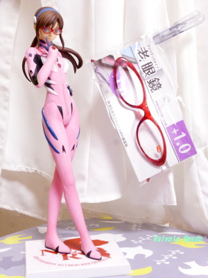SEGAプライズ PMフィギュア ヱヴァンゲリヲン新劇場版 真希波・マリ・イラストリアス と キャンドゥの老眼鏡