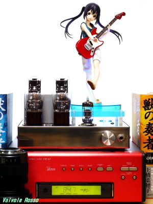 Movic(Kotobukiya) K-ON! Azusa Nakano DENON TU-5.5K チューナー 6DJ8-1626 Single Ended Amplifier (Tube Headphone Amplifier) Photo: Panasonic LUMIX DMC-GF5 LEICA Summicron M 50mm F2
