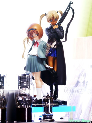 Good Smile Company GUNSLINGER GIRL Henrietta & Triela & 6DJ8-1626 Single Ended Amplifier Photo: Panasonic LUMIX DMC-GF5 & Voigtlander 90mm F3.5 APO Lanthar